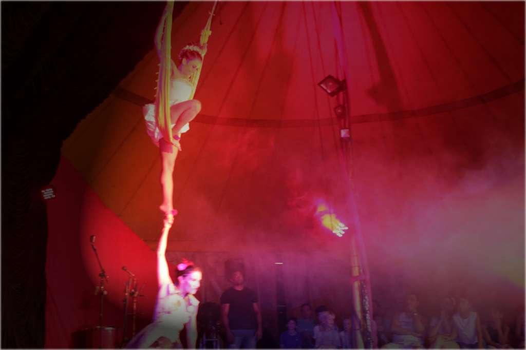 circo_amarillo