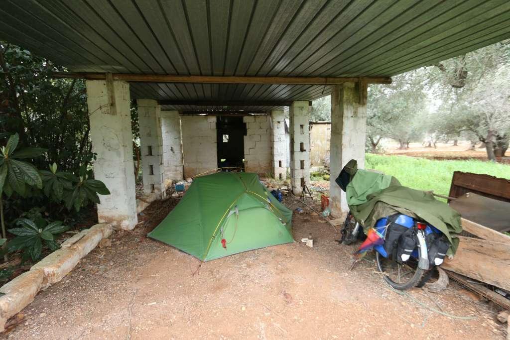 Camping casa abandonada