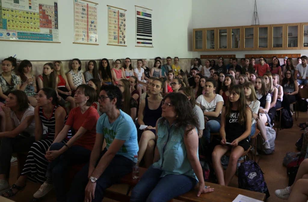 Debrecen charla escuela español