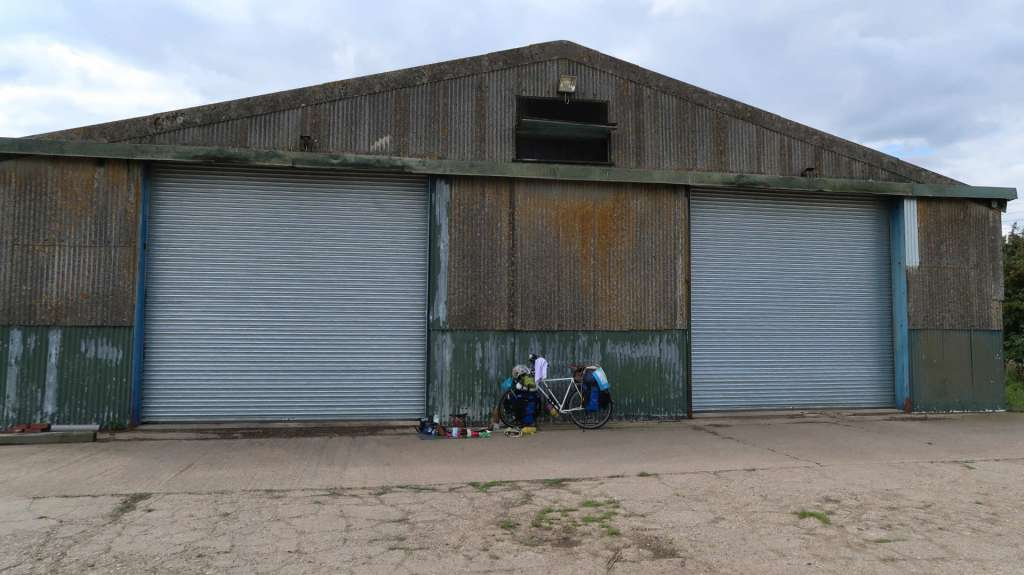 Hangar viejo