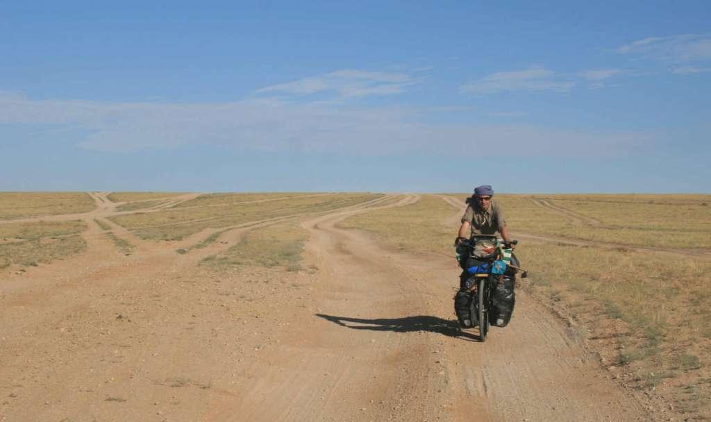 pedaleando en mongolia